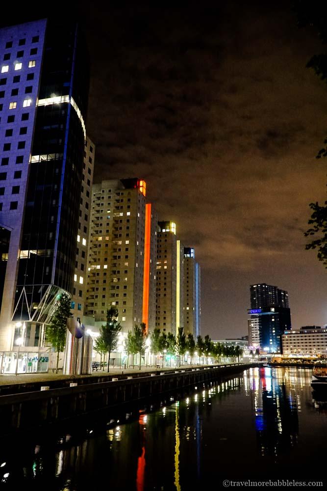 Leuvehaven in Rotterdam bei Nacht