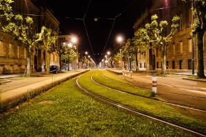 Avenue de la Paix am Place de la Republique in Straßburg bei Nacht