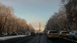 Siegessäule in Berlin im Schnee