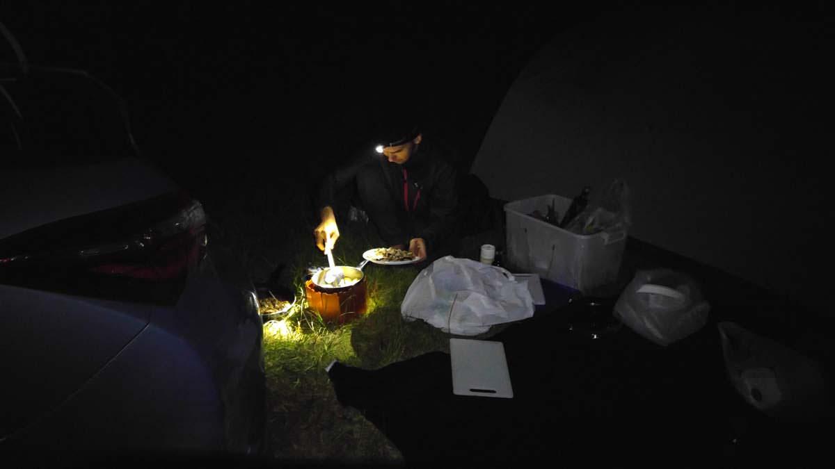 Campen in Dunkelheit in Northland, Neuseeland