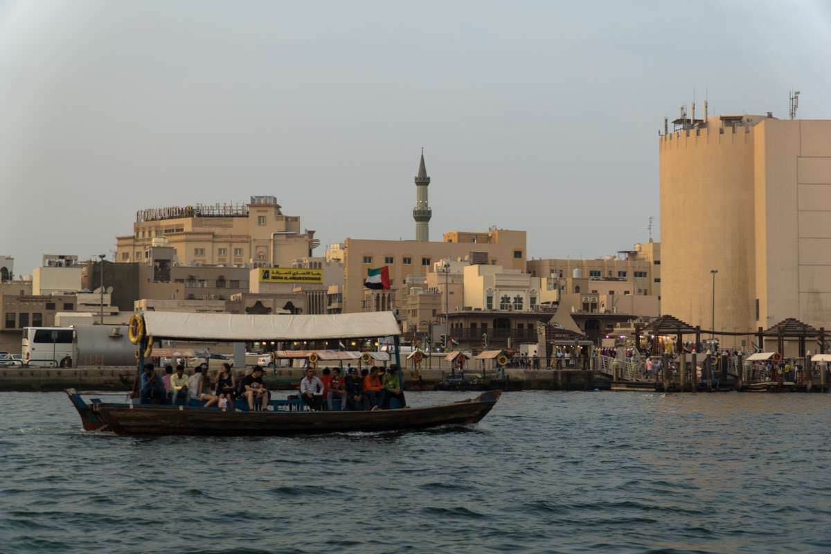 Abra im Hafen von Dubai