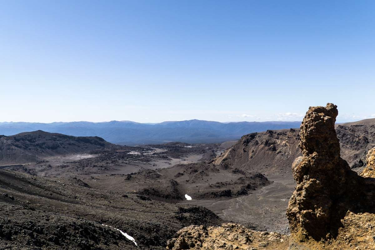 Vulkanlandschaft im Tongariro Nationalpark in Neuseeland