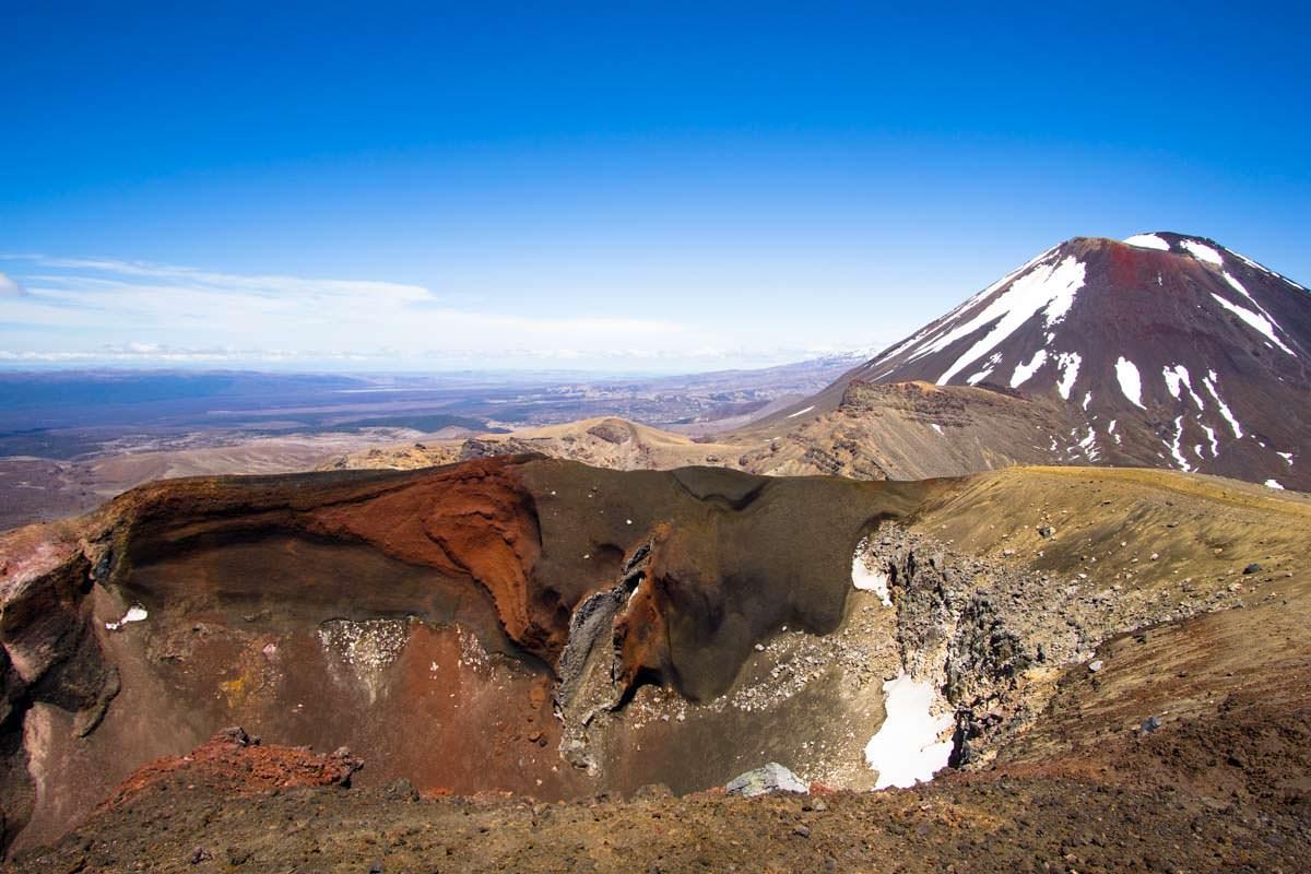 Red Crater im Tongariro Nationalpark in Neuseeland