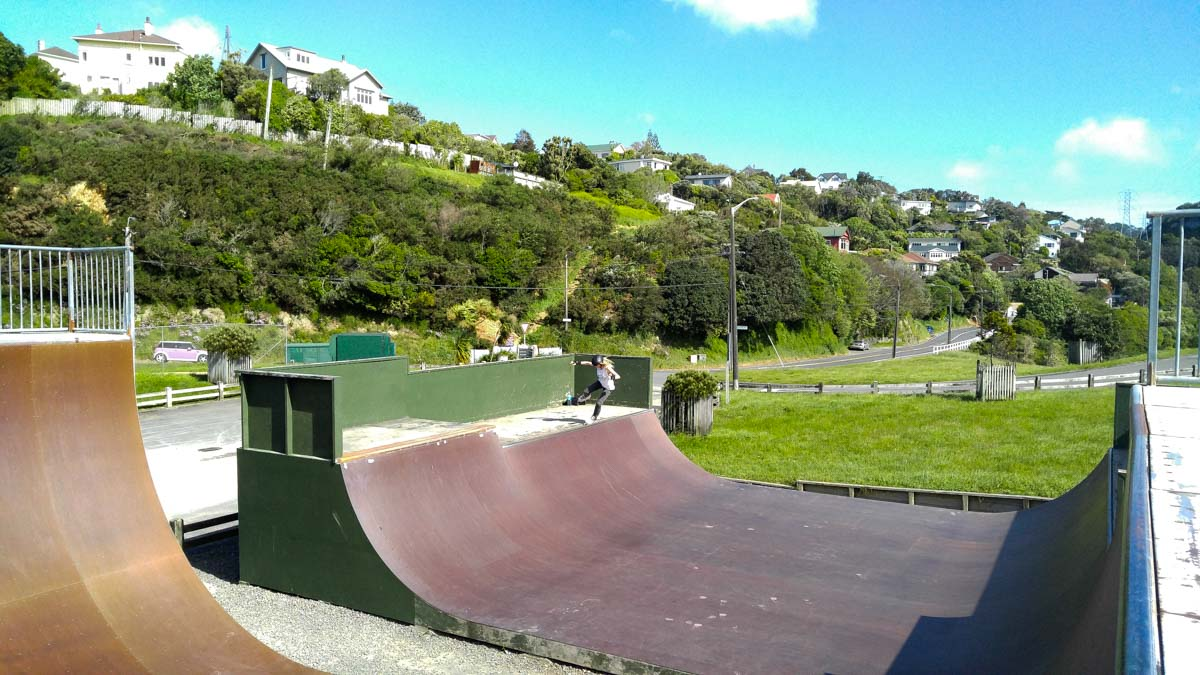 Skateparks in Wellington (Karori Minramp)