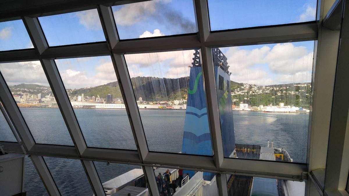 The Lookout auf der Interislander Fähre in Neuseeland