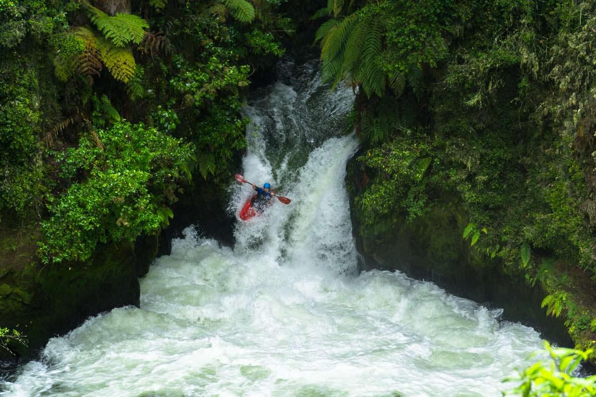 Kajak in den Tutea Falls im Kaituna River