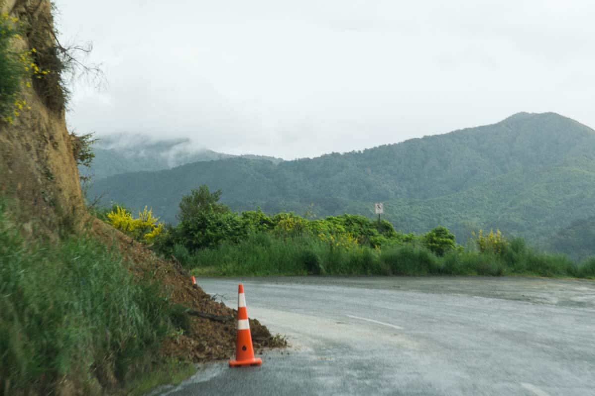 Erdbebenschäden auf dem Queen Charlotte Drive, Neuseeland