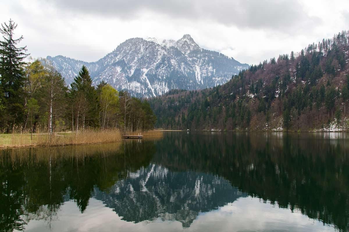 Der idyllische Schwansee bei Füssen, Deutschland