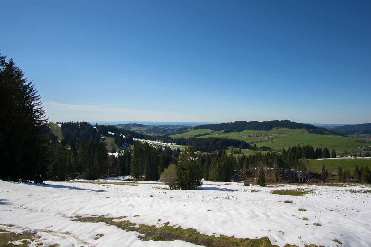 Schnee auf der Thaler Höhe am Alpsee