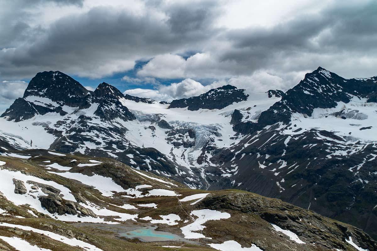 Bergsee mit Piz Buin und Ochsentaler Gletscher im Hintergrund (Fotoparade)