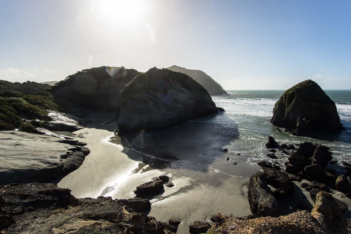 Im Süden vom Wharariki Beach in Neuseeland