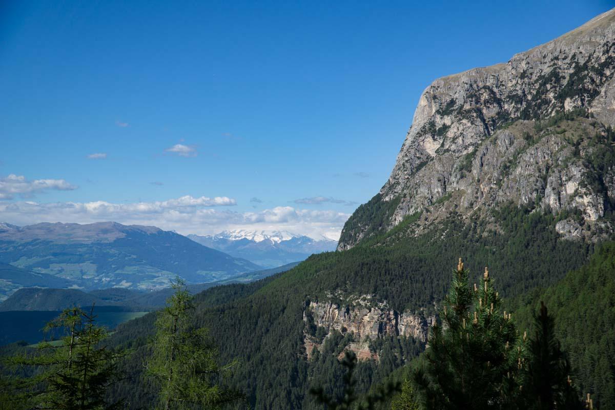Blick auf Hammerwand in den Dolomiten