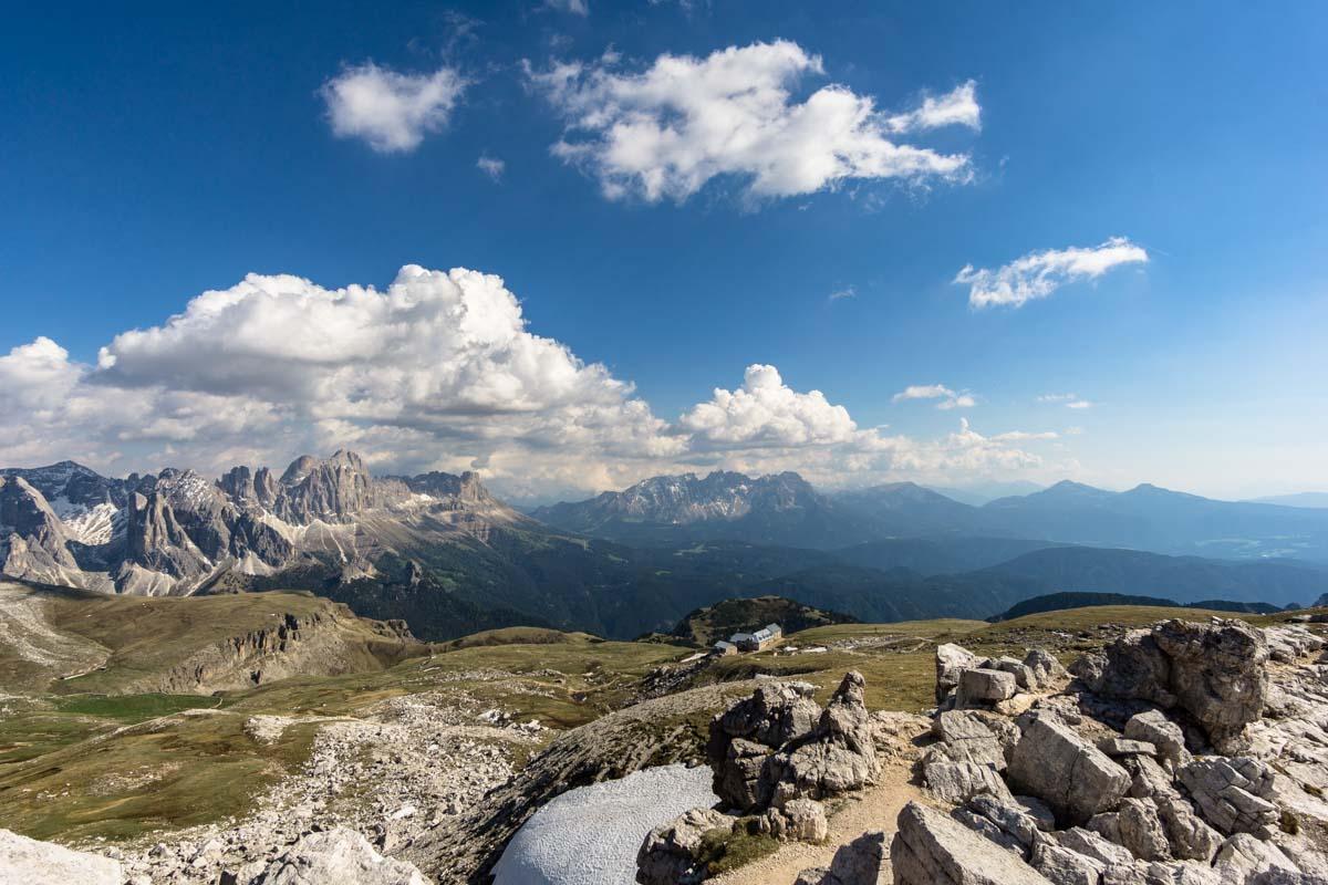 Ausblick vom Gipfel des Monte Pez