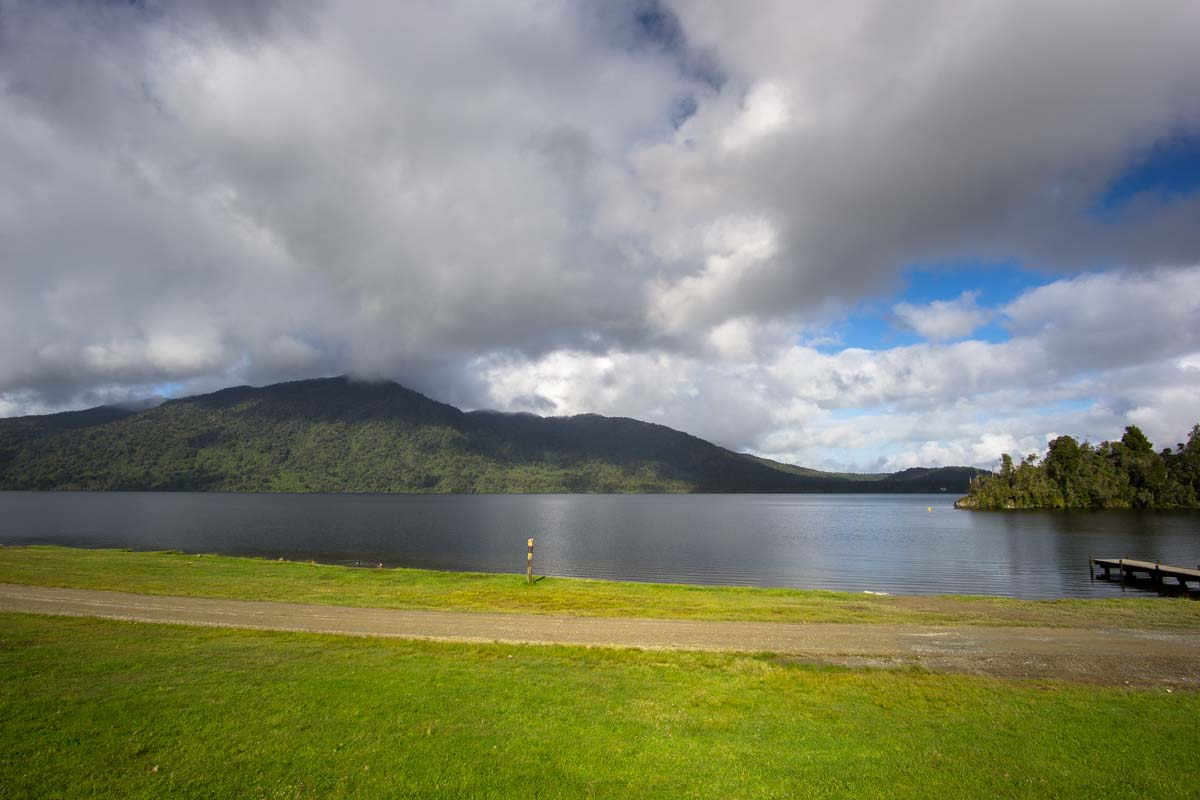 Lake Kaniere in Neuseeland
