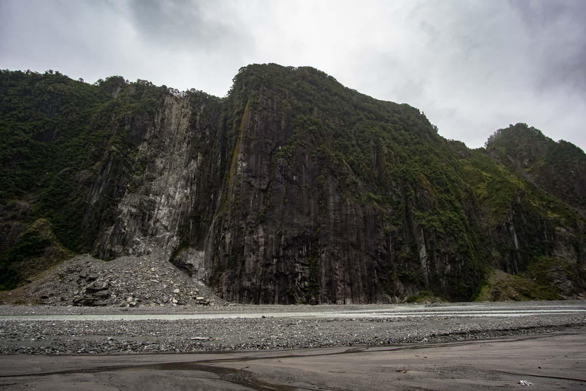Das Tal vom Fox Gletscher in Neuseeland