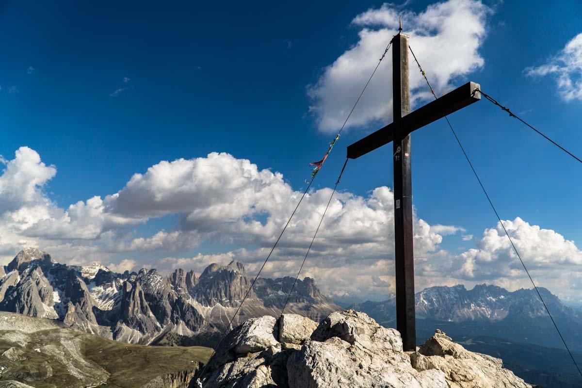 Gipfel des Schlern (Monte Pez) in den Dolomiten