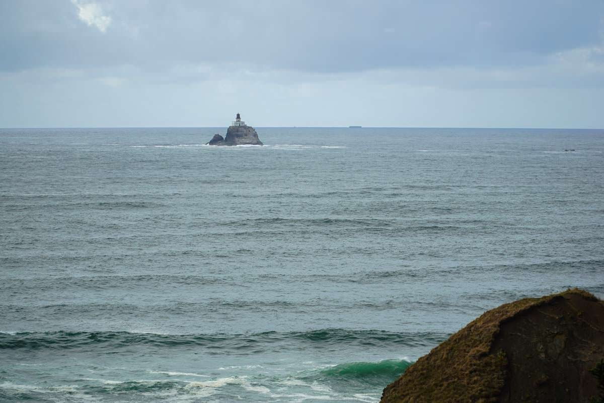 Blick auf das Tillamook-Rock-Lighthouse vom Ecola State Park (Oregon Coast)