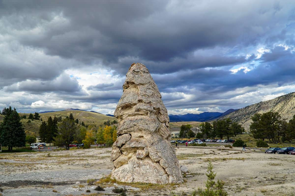 Liberty Cap in Mammoth Hot Springs (Yellowstone)