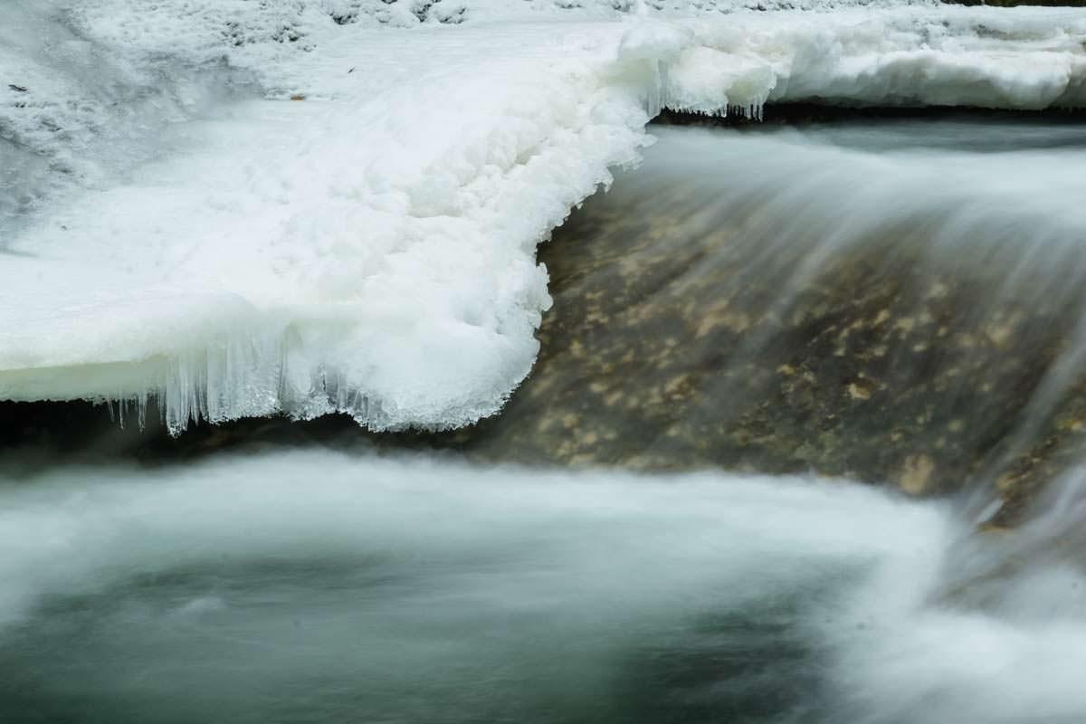 Eisformation im Eistobel im Winter