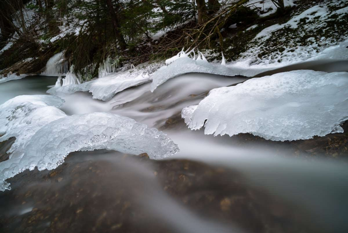 Gefrorener Wasserfall am Eissteg (Winter im Eistobel)