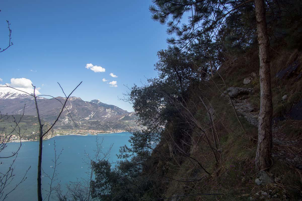 Wanderweg 405 um die Cima Capi herum