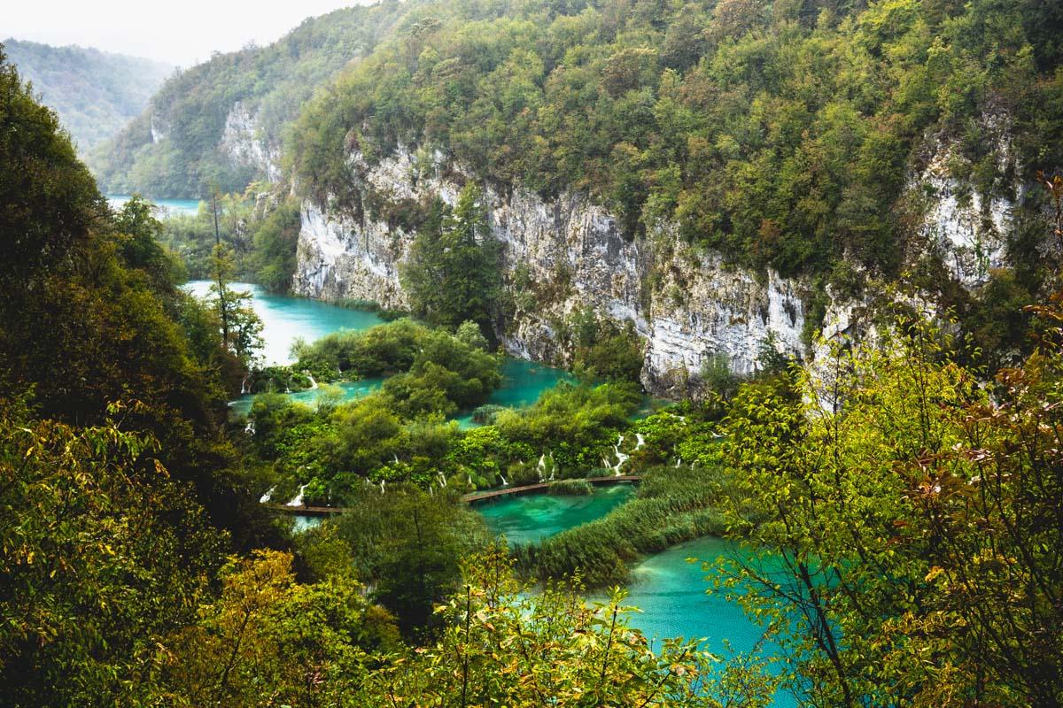 Nationalpark Plitvicer Seen bei Regen