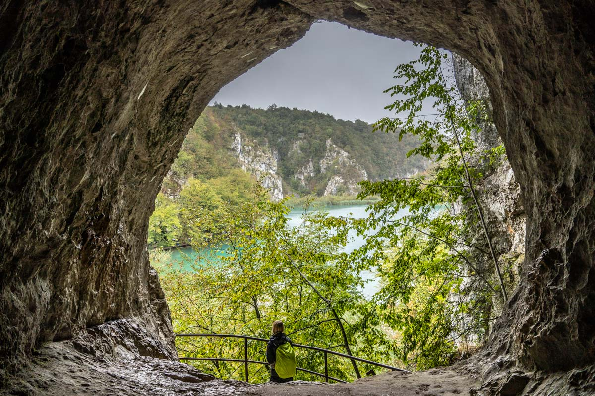 """Schatzhöhle aus dem """"Der Schatz im Silbersee"""" im Nationalpark Plitvicer Seen"""