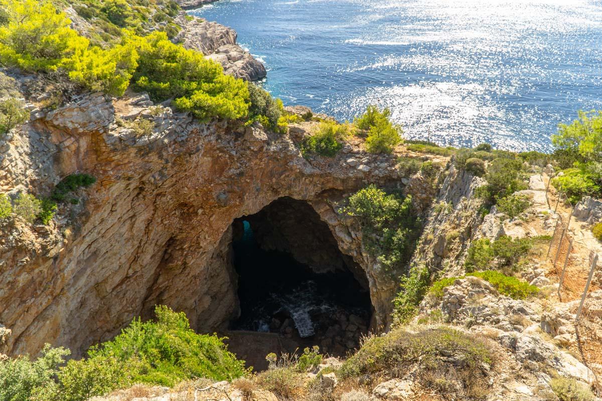 Odysseus Cave auf der Insel Mljet (Kroatien)