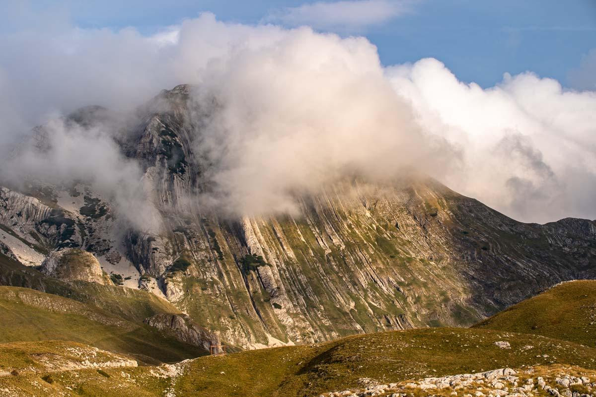 Die Felsschichten vom Prutas (Durmitor NP, Montenegro)