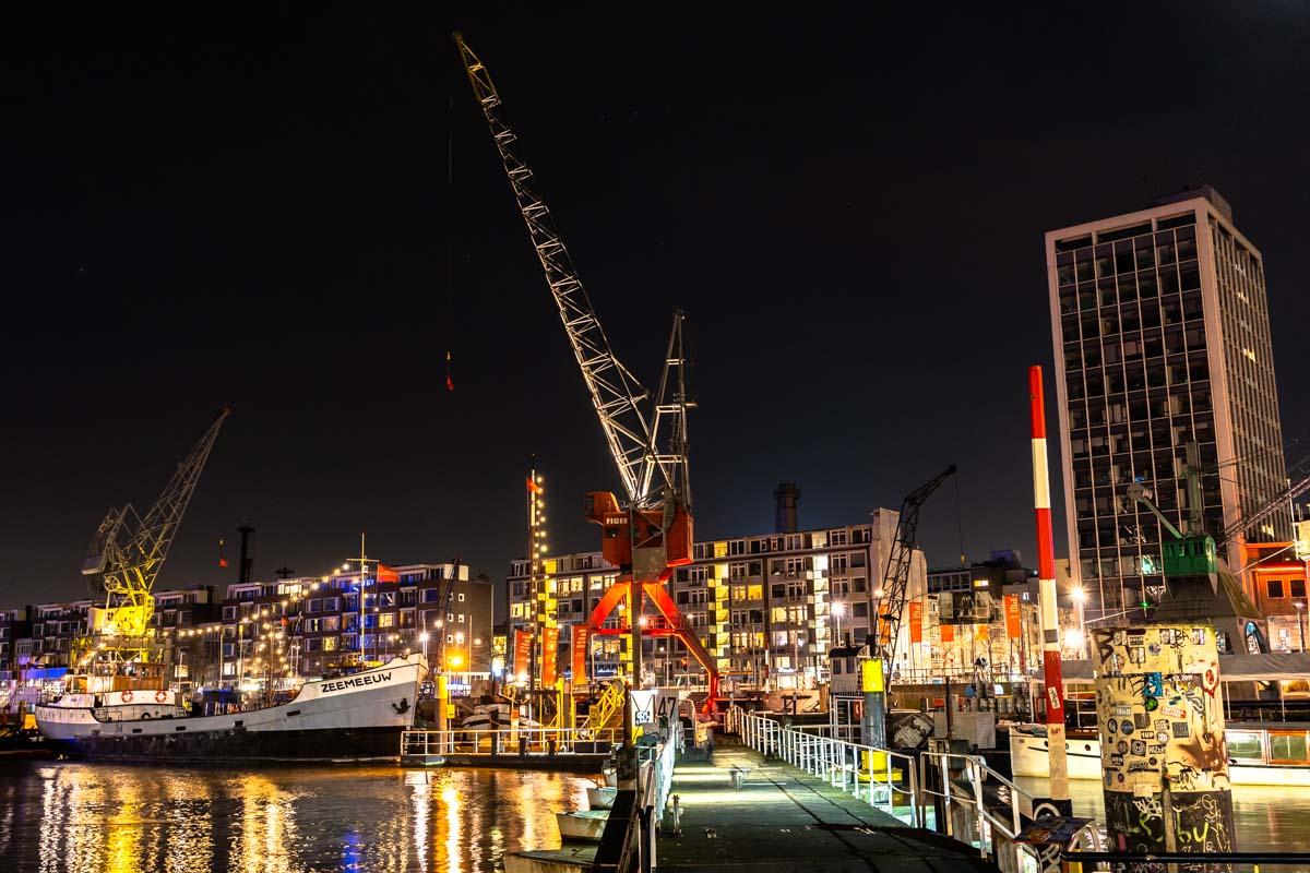 Leuvehaven bei Nacht (Rotterdam)