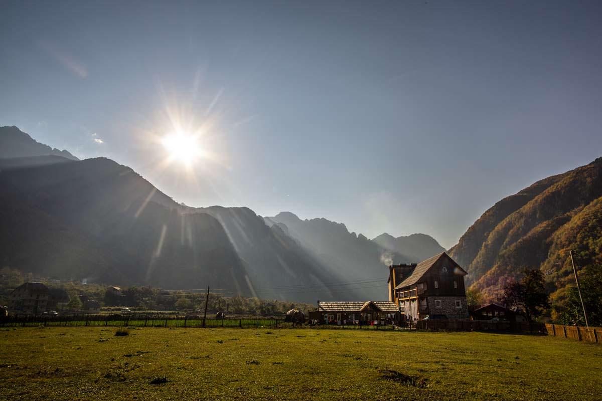 Der Bauernhof Bujtina Polia (Theth, Albanien)