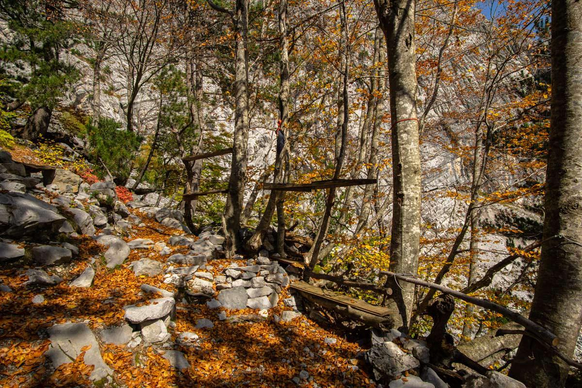 Das Camp der Höhlenforscher an der Arapi Höhle (Albanien)