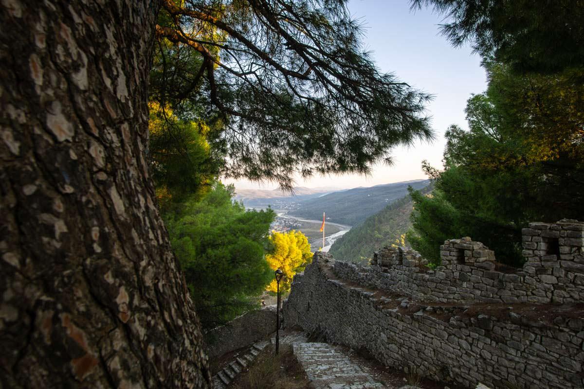 Die Festungsmauern der Kalaja von Berat
