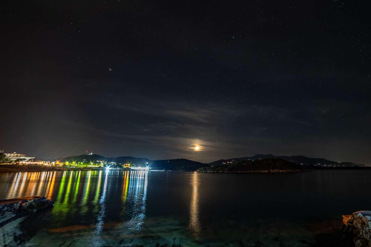 Ksamil bei Nacht