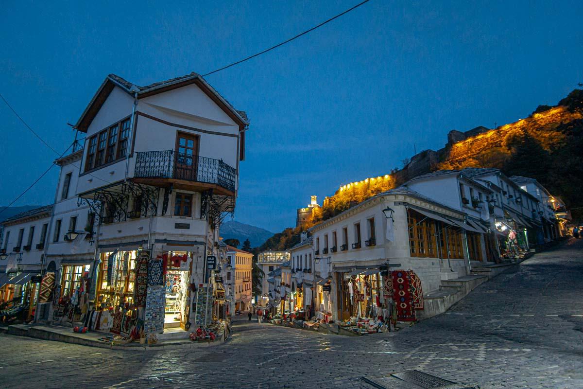 Der Bazaar von Gjirokastra (Albanien)