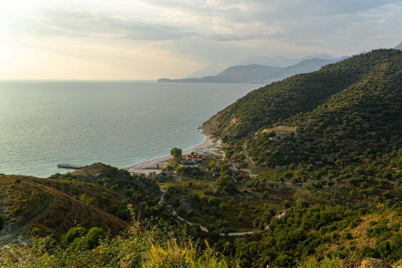 Bucht an der Albanischen Riviera (Urlaub in Albanien)