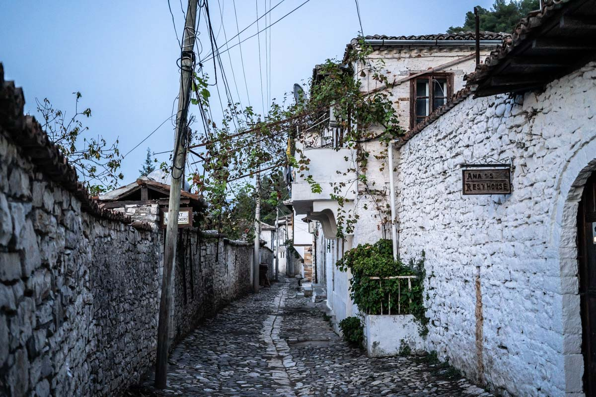 Gassen im Stadtteil Gorica in Berat