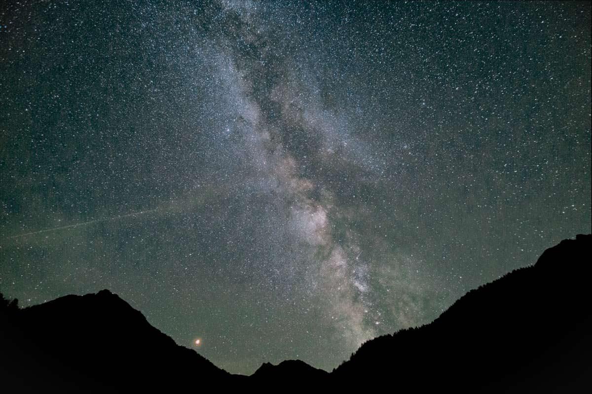 Im Allgäu ist die Milchstraße und der Blutmond besonders gut zu sehen