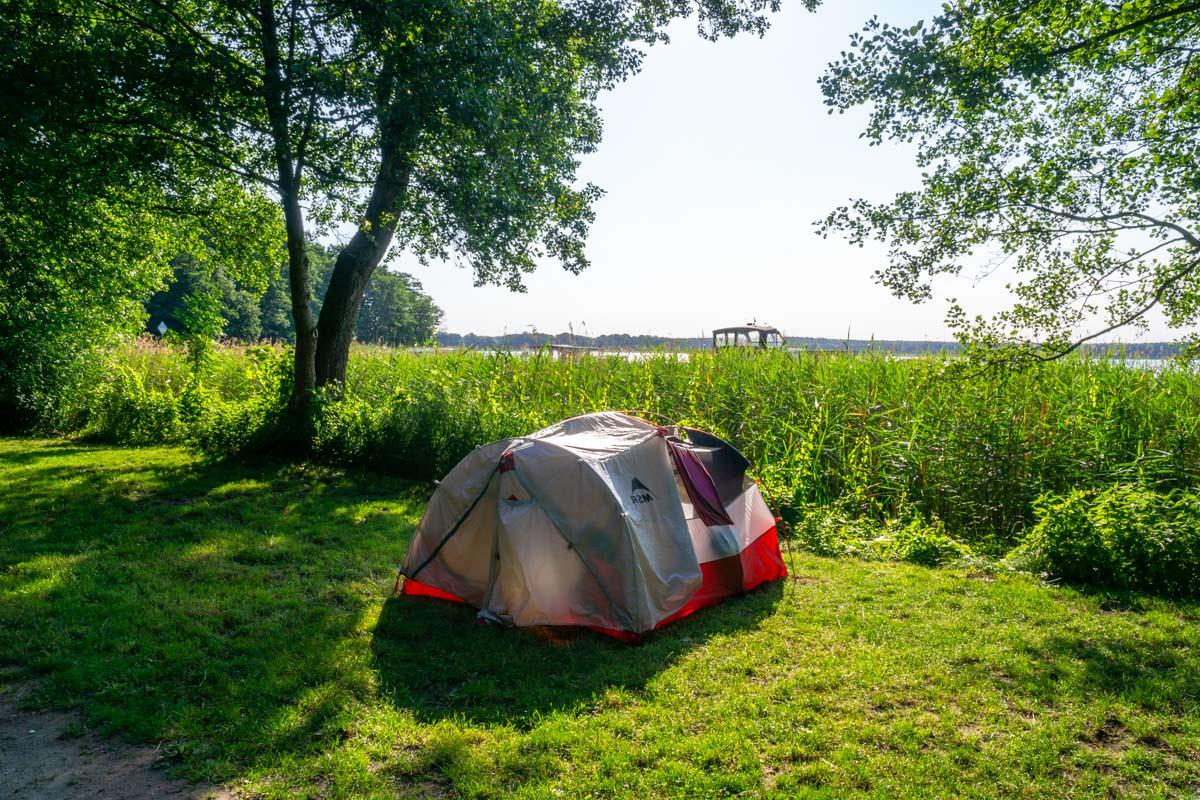 Stellplatz für Wasserwanderer auf dem Camping Havelberge
