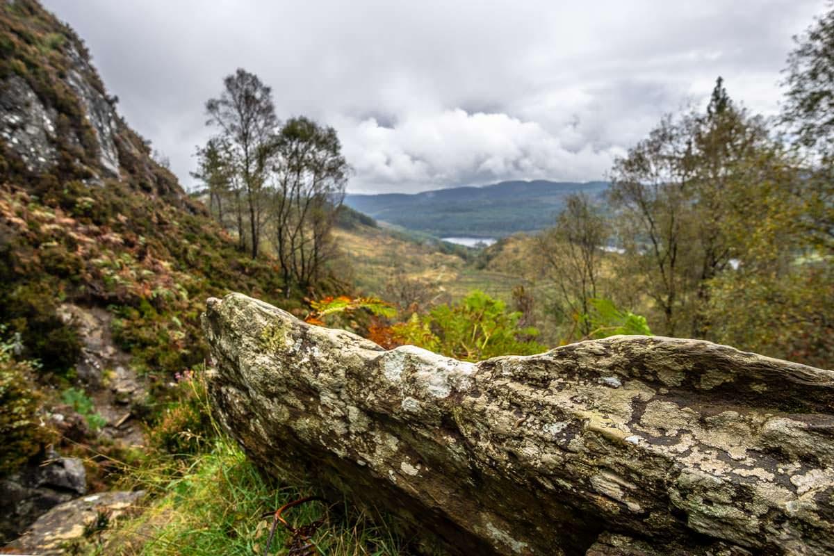 Vom Ben Aan hat man einen guten Blick auf Loch Achray