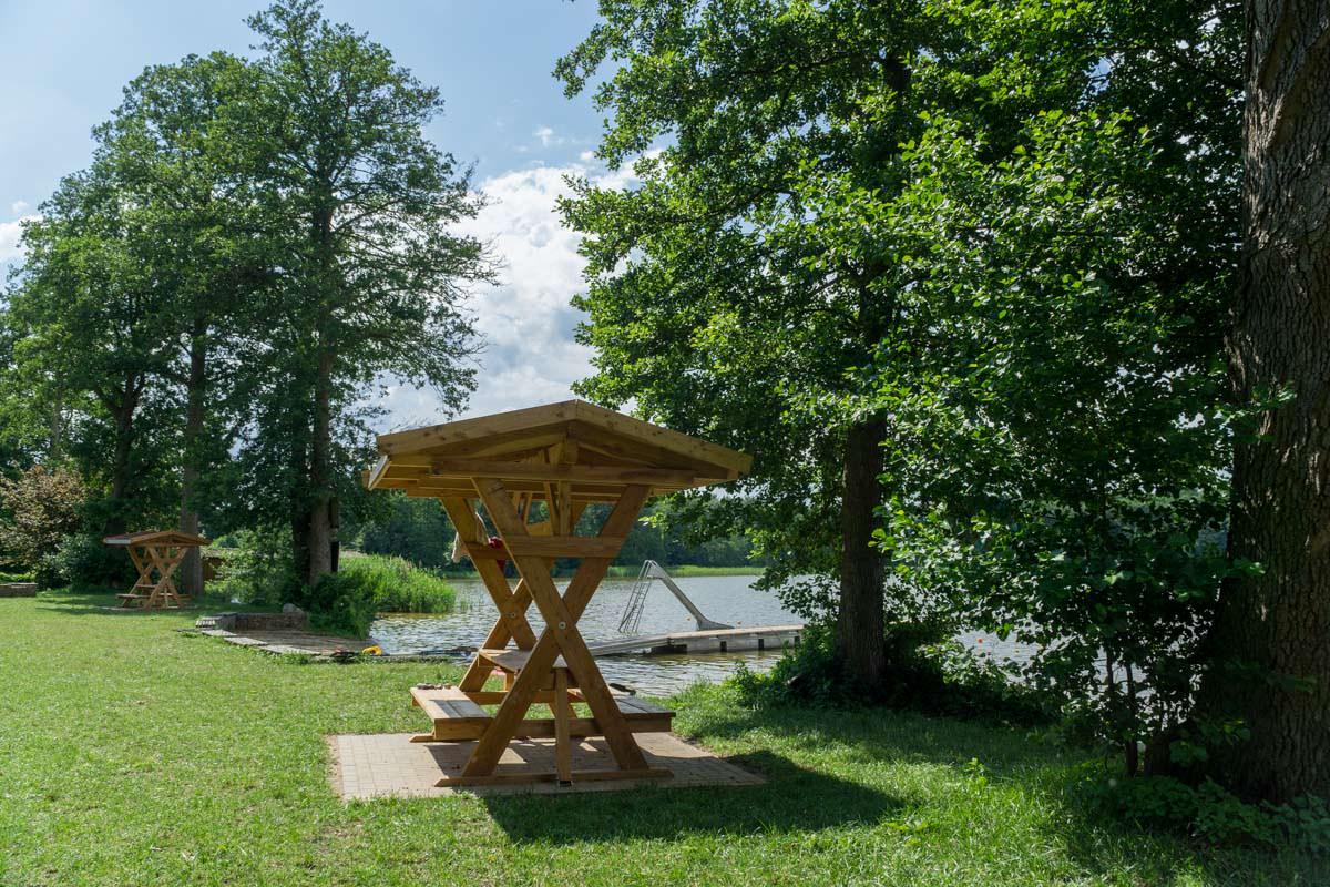Rastplatz für Wasserwanderer an der Useriner Mühle