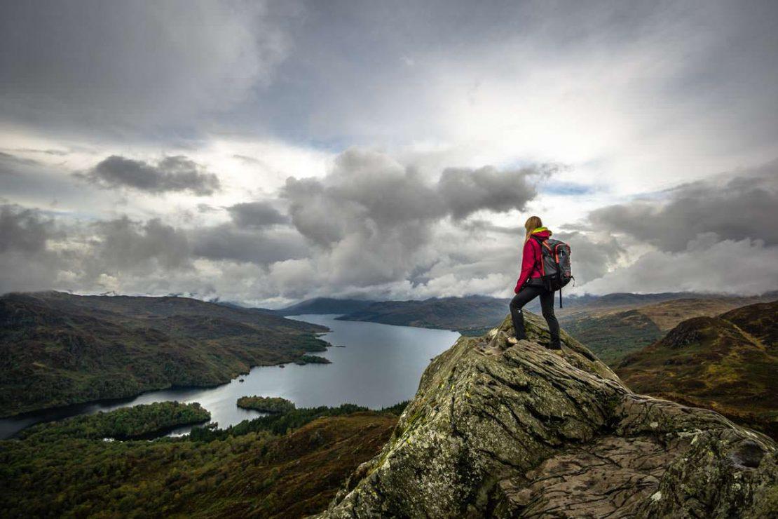 Die Wanderung auf den Ben Aan in Schottland ist sehr beliebt