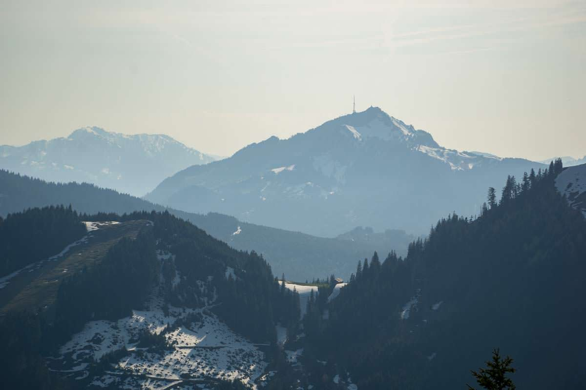Vom Alpspitz blicken wir bis zum Grünten, dem Wächter des Allgäus