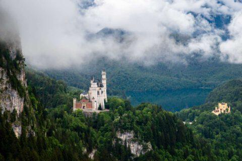 Von der Tegelbergbahn hat man einen fantastischen Blick auf Schloss Neuschwanstein und Schloss Hohenschwangau