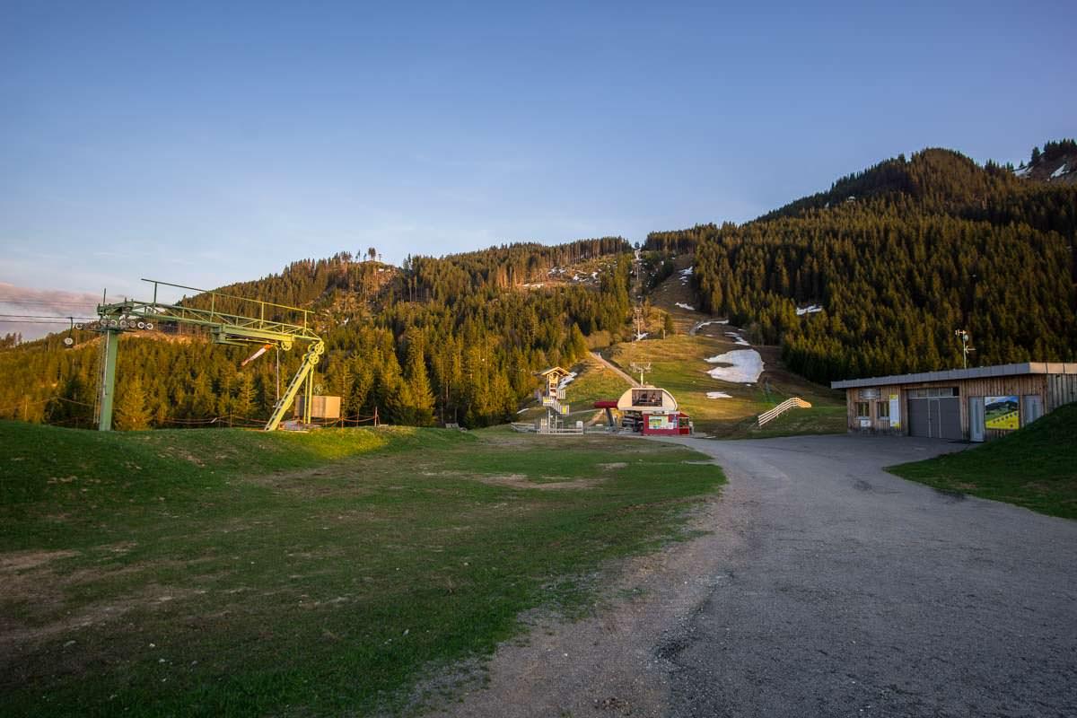 Skigebiet Alpspitzbahn im Frühling (Nesselwang)