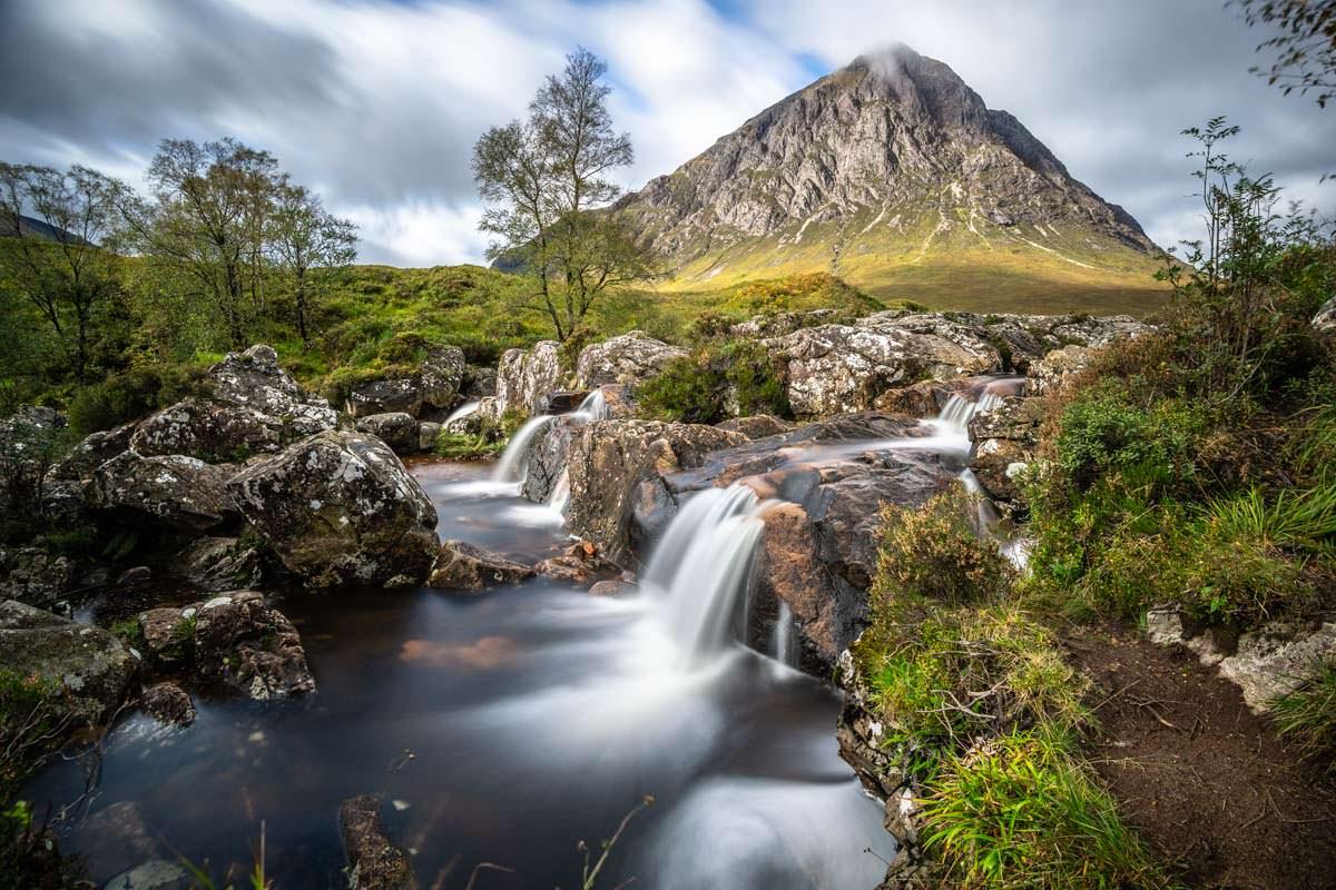 Langzeitbelichtung am Tag: ein wichtiges Thema in der Landschaftsfotografie (hier: Buachaille Etive Mor in Schottland)