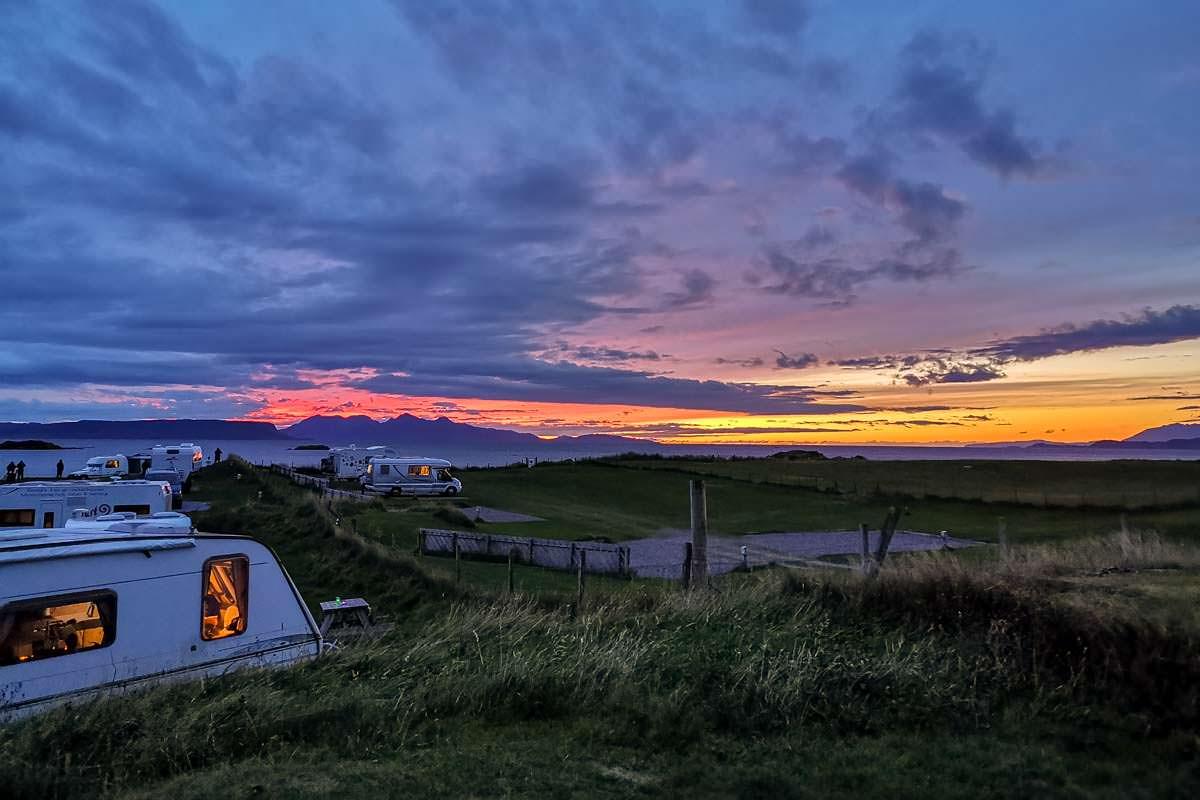 Unsere Packliste und Ausrüstung für das Zelten auf einem Campingplatz