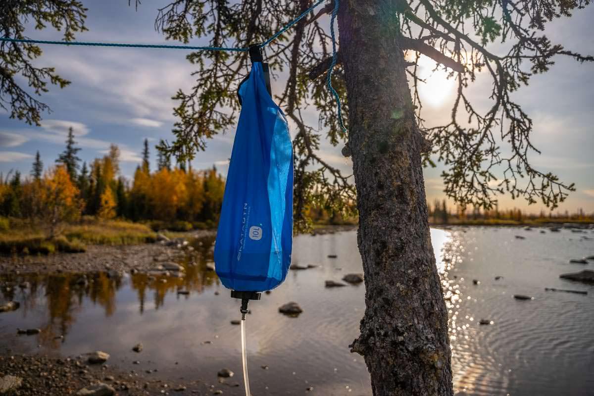 Katadyn Wasserfilter beim Trekking in Lappland