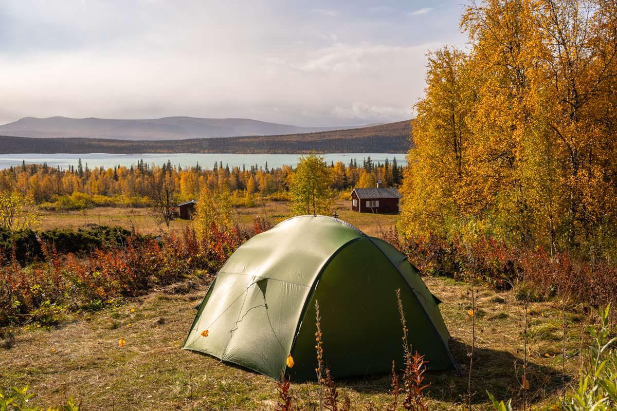 Zelten an der STF Aktse in Schweden
