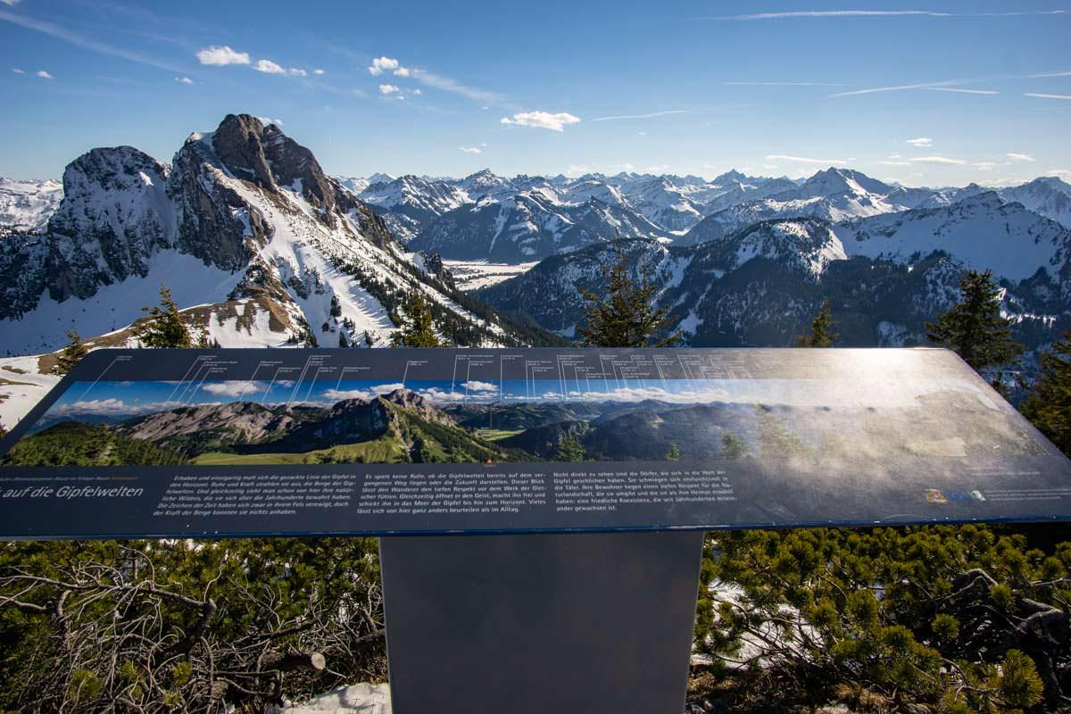 Gipfelpanorama am Gipfel des Breitenbergs
